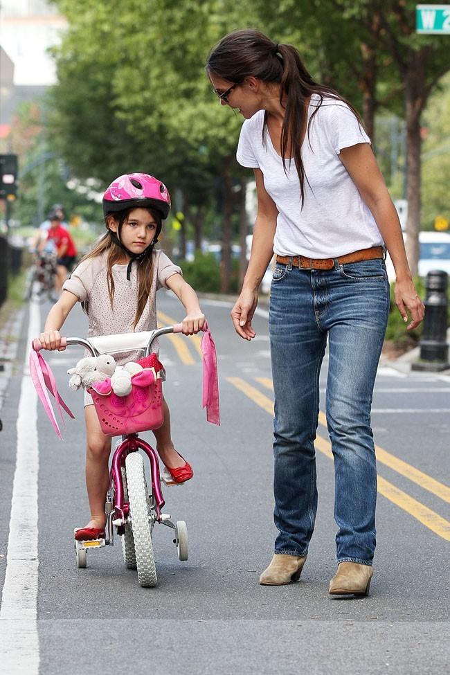 Suri Cruise et Katie Holmes le 18 août 2012 à New York