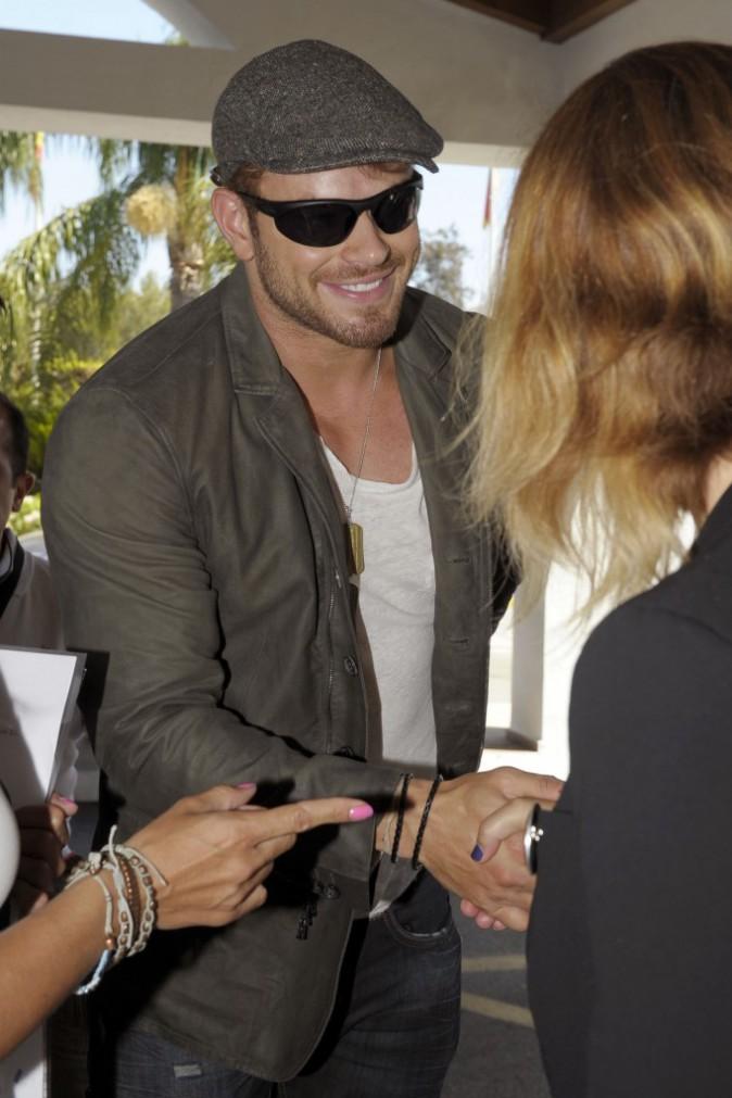 """Kellan Lutz arrive à Marbella pour la promo d'""""Expandables 3"""", le 5 août"""