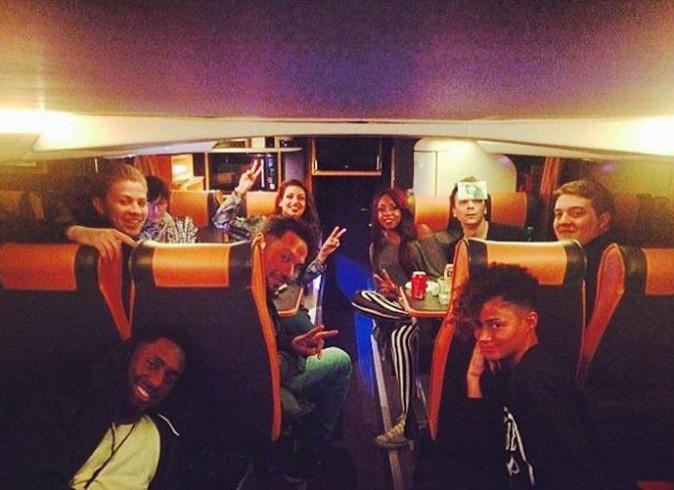 Avec toute l'équipe dans le bus !