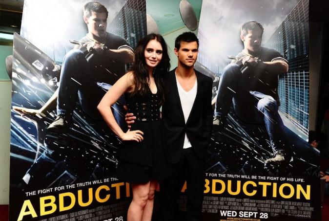 Taylor Lautner et Lily Collins à l'avant-première d'Identité Secrète hier à Londres