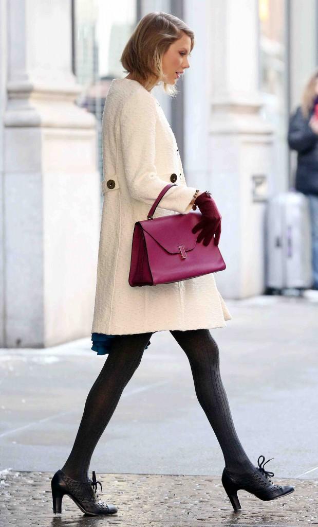 Taylor Swift : deux looks pas si différents, pour une seule et même journée !