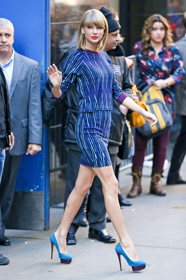 Taylor Swift à sa sortie des studios de Good Morning America, à New-York, le 27 octobre 2014