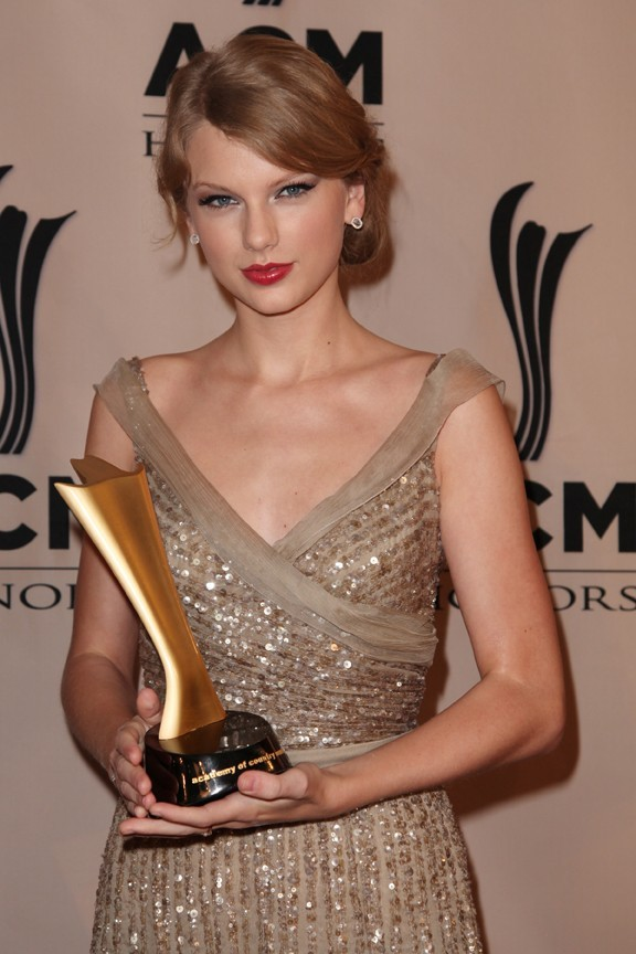 Taylor Swift lors de la cérémonie des ACM Honors à Nashville, le 19 septembre 2011.
