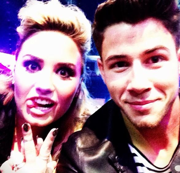 Demi Lovato et Nick Jonas réunis sur scène !