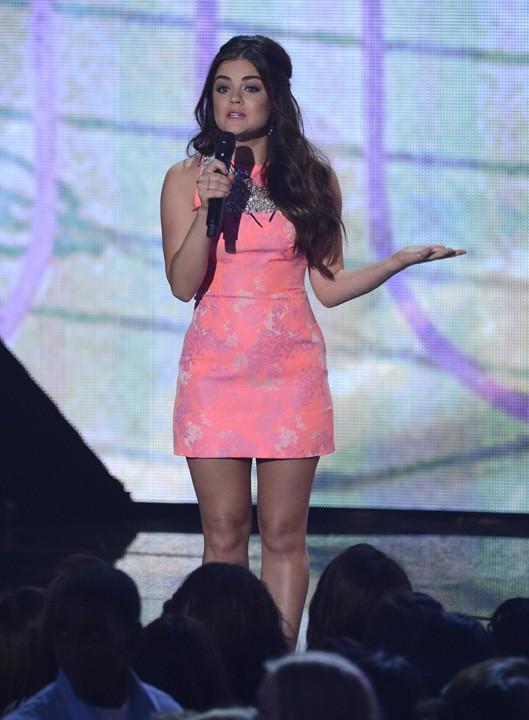 Lucy Hale à la soirée des Teen Choice Awards 2013, à Los Angeles, le 11 août 2013