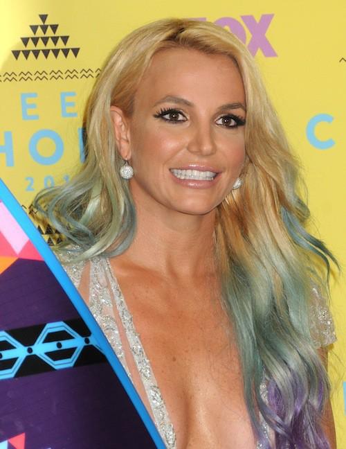 Photos : Teen Choice Awards 2015 : Britney Spears, une icône décolletée… Découvrez le palmarès !