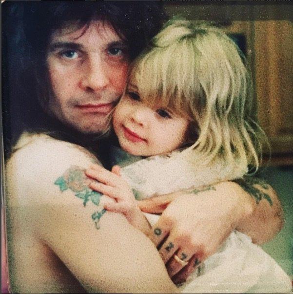 Ozzy Osbourne et sa fille.. à l'ancienne!
