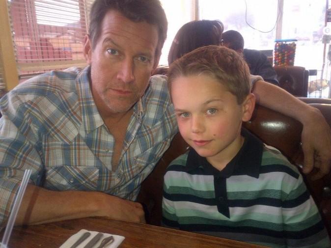 James et son fils dans la série