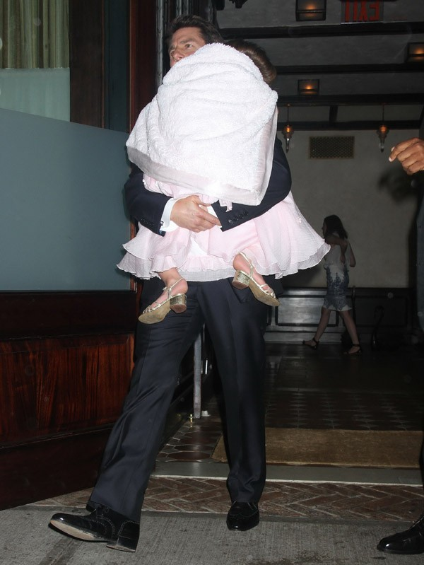 Tom Cruise avec Suri le 12 juin 2012 à New-York