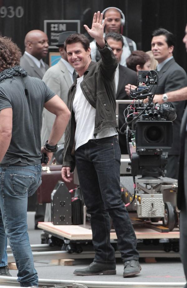 Tom Cruise sur le tournage d'Oblivion le 12 juin 2012