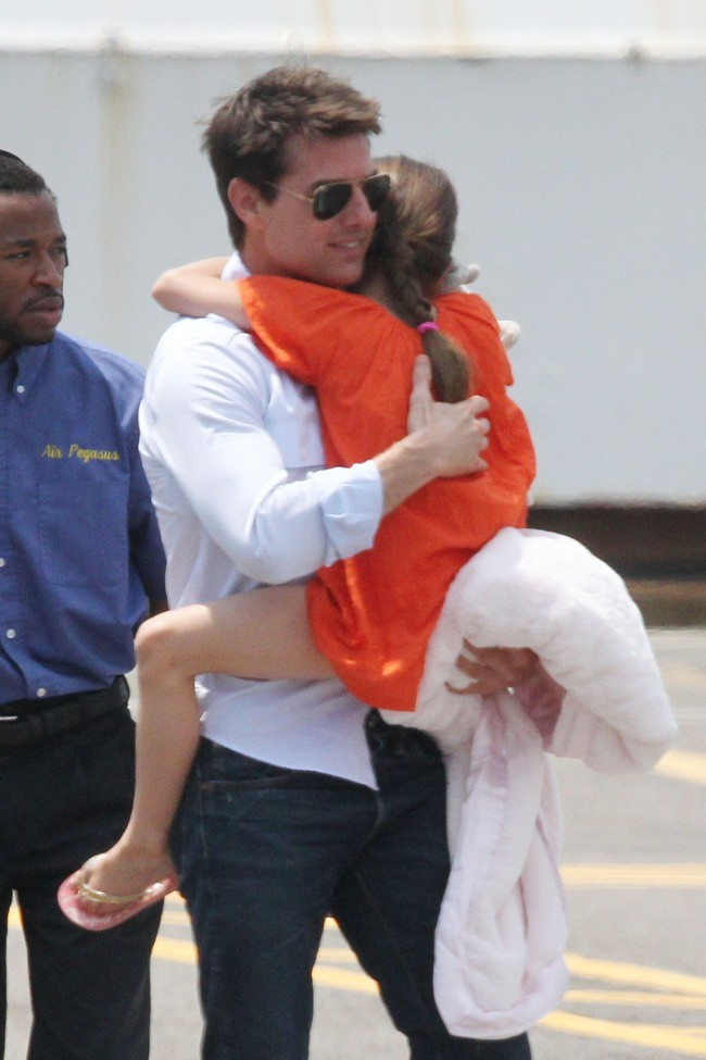 Tom Cruise et Suri Cruise le 18 juillet 2012 à New York