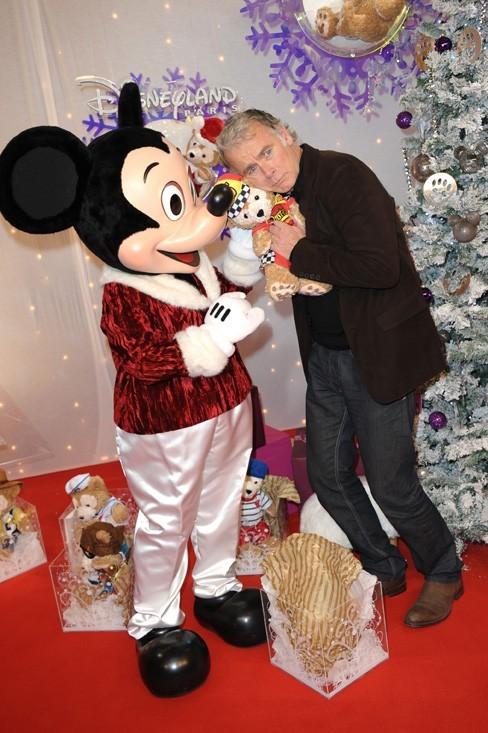 Il a un faible pour Mickey !