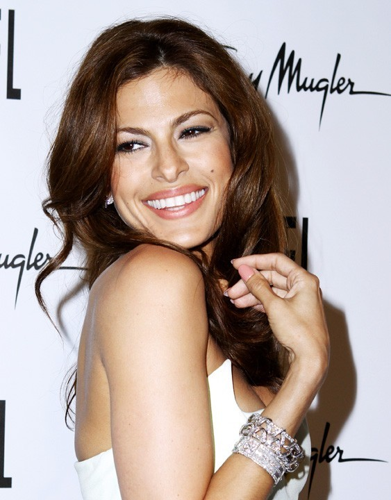 Eva Mendes lors du lancement de la nouvelle campagne du parfum Angel à New York, le 23 juin 2011.
