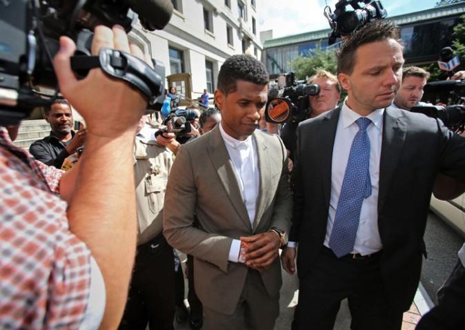 Usher à la sortie du tribunal d'Atlanta le 9 août 2013