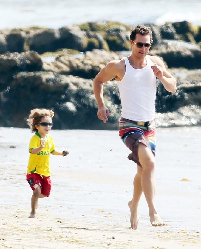 Matthew McConaughey : course poursuite avec son fils !