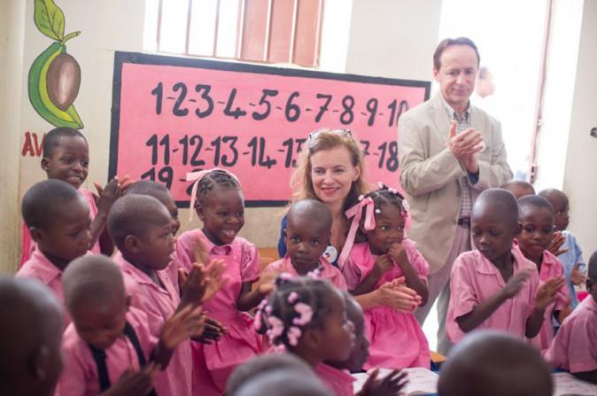 Valérie Trierweiler en voyage humanitaire à Haïti le 6 mai 2014