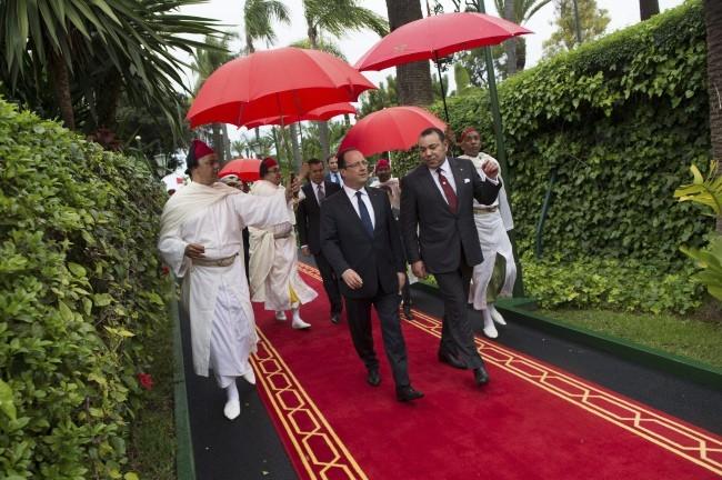François Hollande sous bonne escorte