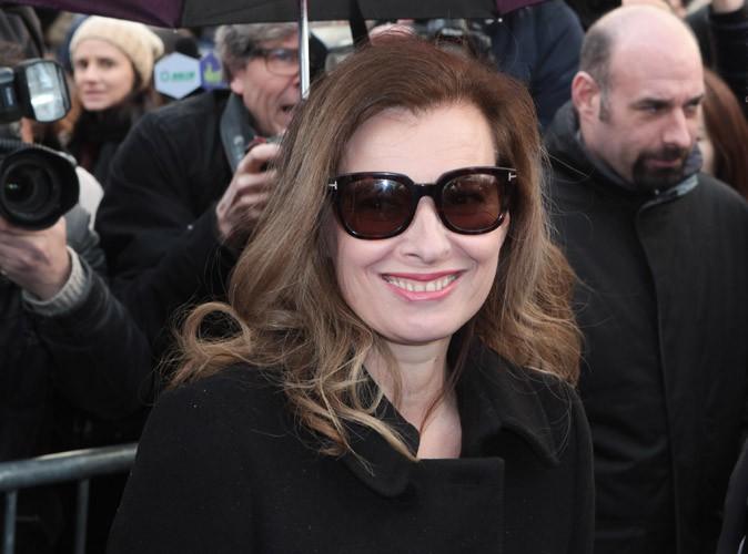 Photos : Valérie Trierweiler : tout sourire et requinquée pour sa première apparition officielle depuis des semaines !