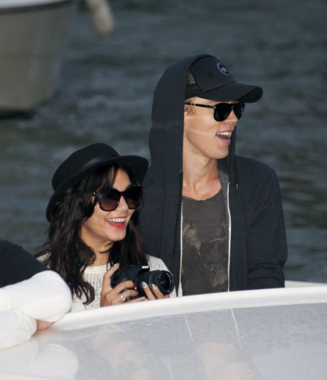 Vanessa Hudgens et Austin Butler à Venise le 4 septembre 2012