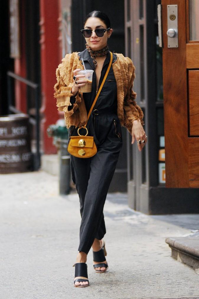 Photos : Vanessa Hudgens : en mode bobo chic à Broadway !
