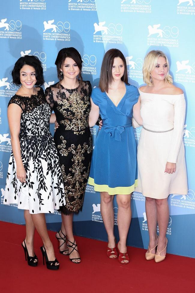 Vanessa Hudgens,Selena Gomez, Rachel Korine et Ashley Benson le 5 septembre 2012 à Venise
