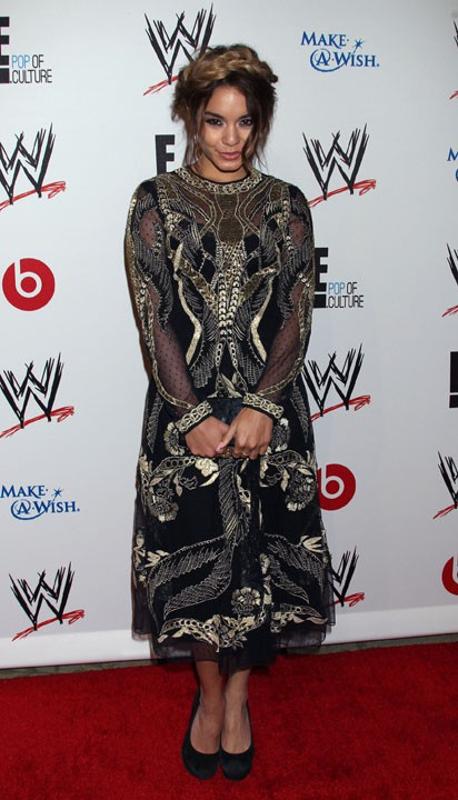 "Vanessa Hudgens à la soirée de charité ""WWE & E! Entertainment SuperStars for Hope"" organisée à Beverly Hills le 15 oaût 2013"