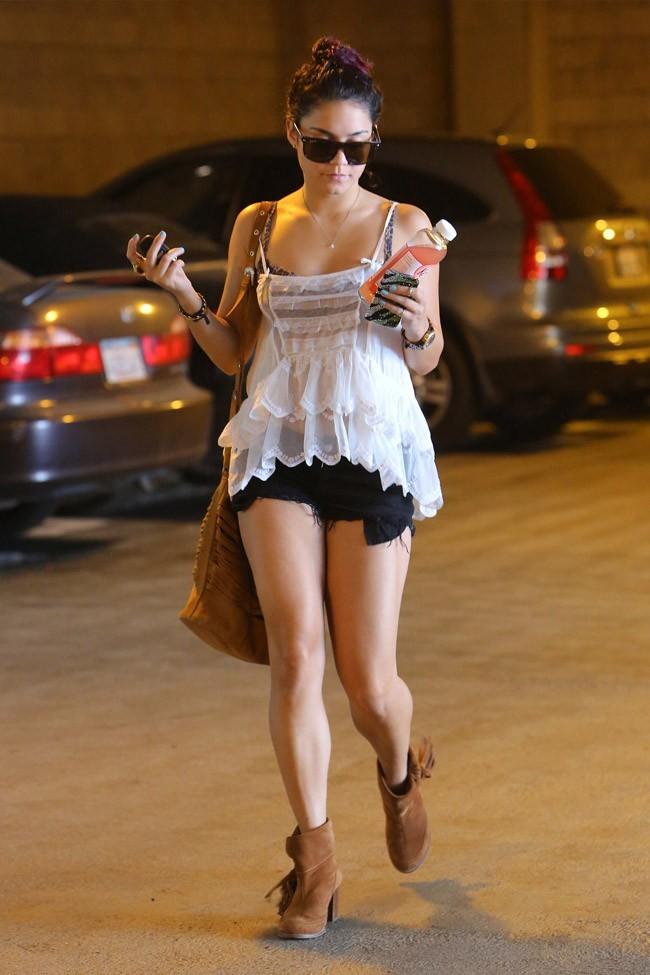 Vanessa Hudgens le 28 juin 2012 à Los Angeles