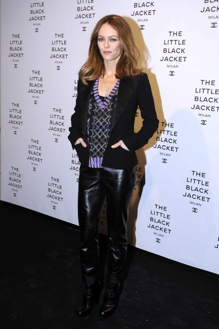 "Vanessa Paradis lors de l'exposition ""Chanel : The Little Black Jacket"" à Milan, le 4 avril 2013."