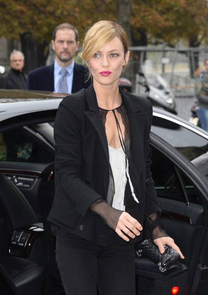 Vanessa Paradis lors du défilé Chanel à Paris, le 1er octobre 2013.