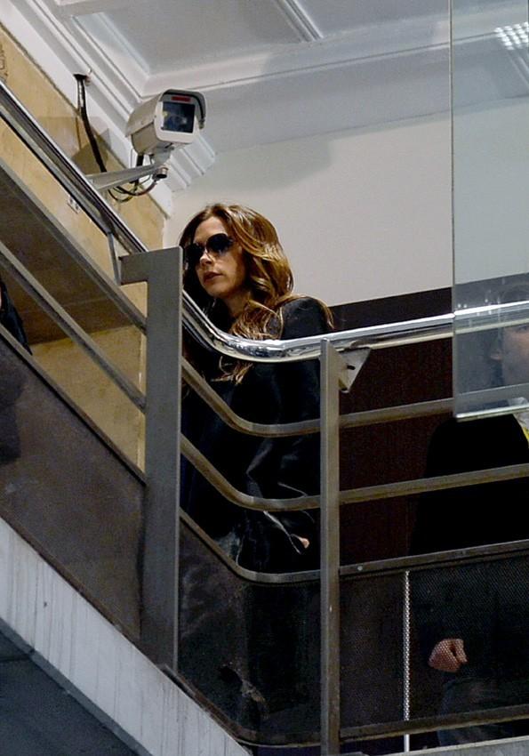 Victoria Beckham à la gare du Nord de Paris le 25 février 2013