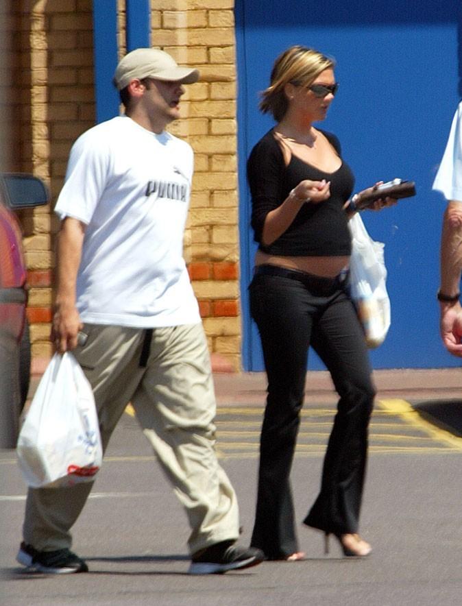 Victoria Beckham enceinte : sa deuxième grossesse enAvril 2002