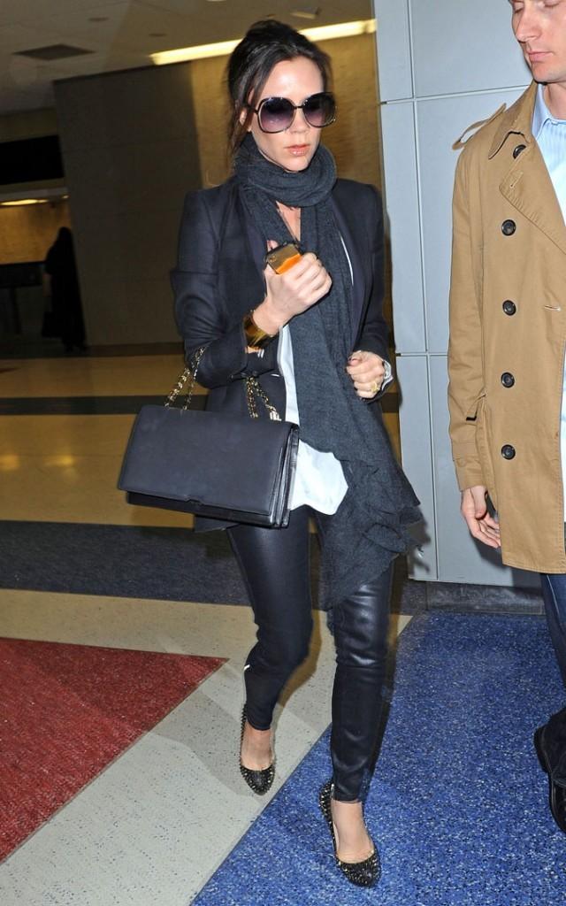 Victoria Beckham enceinte : son cherche toujours son ventre pour sa quatrième grossesse !
