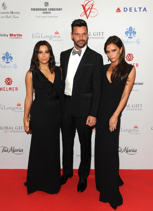 "Photos : Victoria Beckham, Eva Longoria, Ricky Martin : ""trio fabuleux"" pour la bonne cause !"