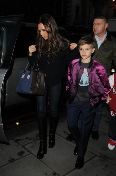 Victoria Beckham avec ses fils Cruz et Romeo