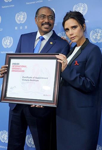 Michel Sidibé et Victoria Beckham à New York le 25 septembre 2014
