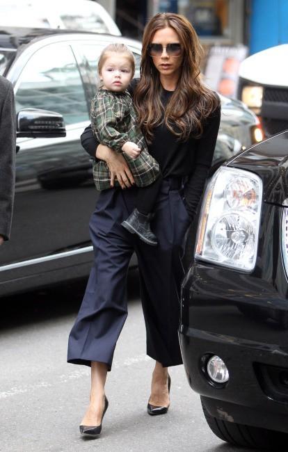Victoria Beckham et Harper le 13 février 2013 à New York