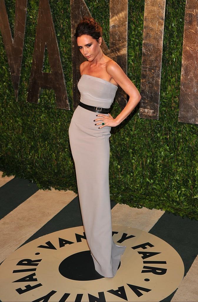 La pose fétiche de Victoria Beckham !