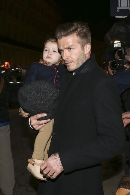 David et Harper Beckham en famille le 18 février 2013 à la Gare du Nord à Paris