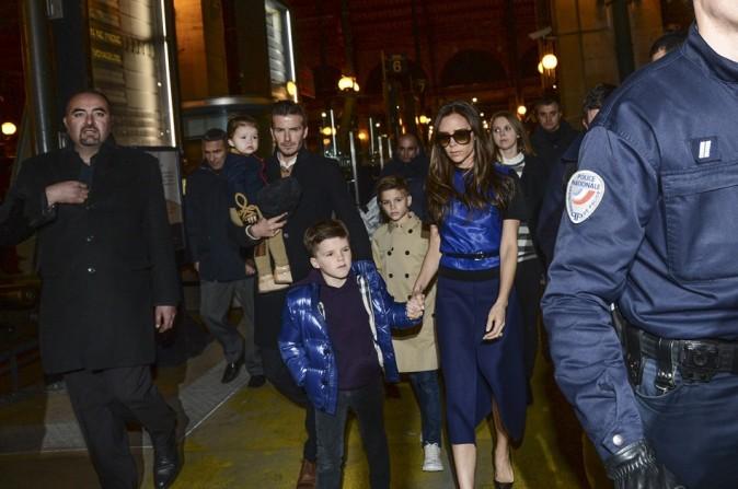 Victoria Beckham en famille le 18 février 2013 à la Gare du Nord à Paris
