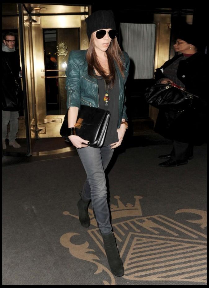 Victoria Beckham sortant de son hôtel de luxe à Manhattan, le 16 février 2011.