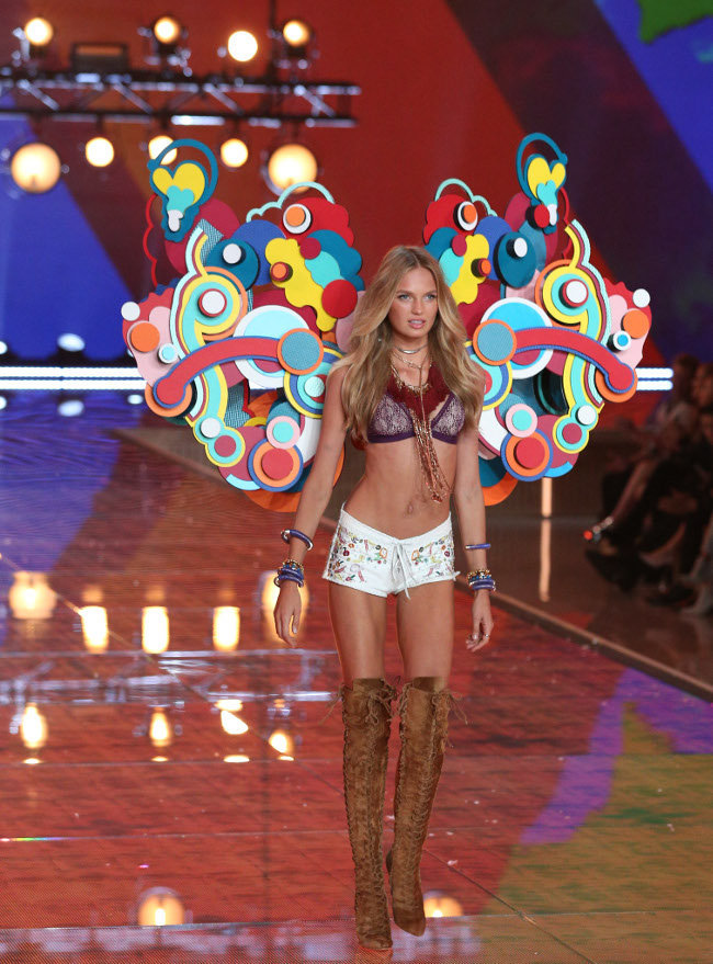 Romee Strijd au Victoria's Secret Fashion Show organisé à New-York le 10 novembre 2015