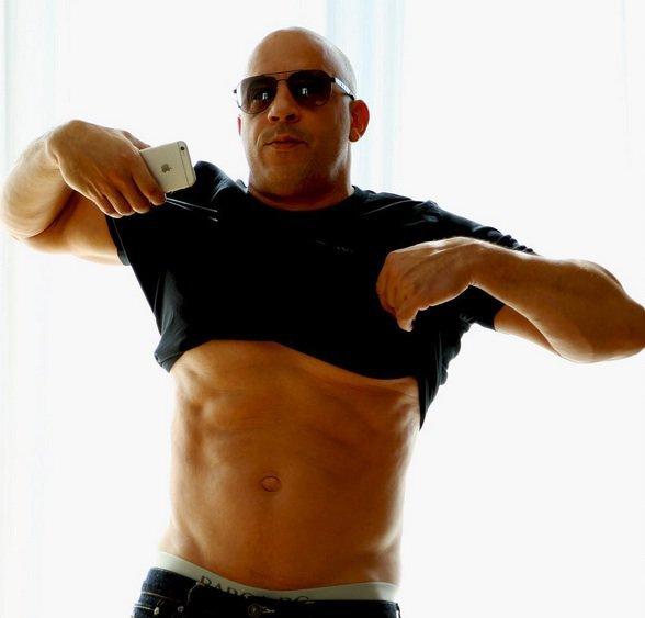 Photos : Vin Diesel réplique après les photos de sa bedaine !