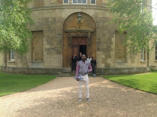 Devant l'observatoire d'Oxford