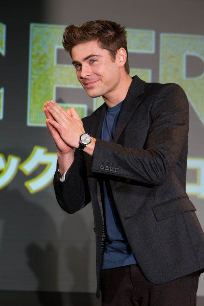 Zac Efron s'adapte au Japon !