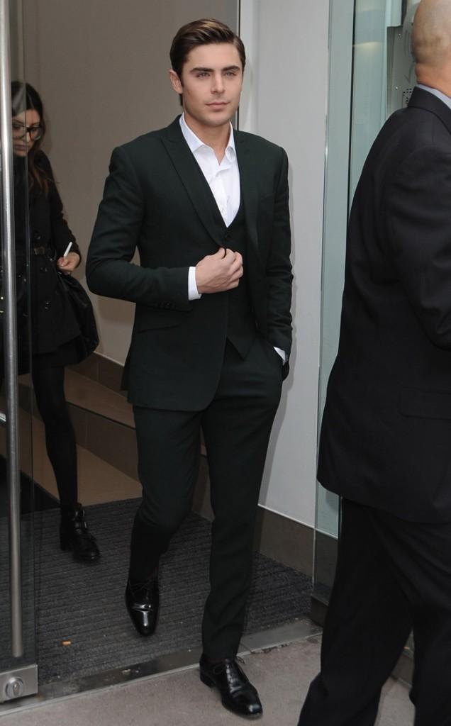 Zac Efron, en mode gendre idéal, à Londres