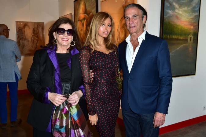 Photos : Zahia Dehar : son fessier est une vraie œuvre d'art !