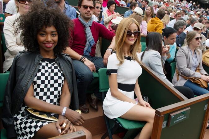 Photos : Zahia Dehar : chic et sexy, à Roland Garros elle s'attire tous les regards !