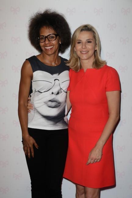 Audrey Pulvar et Laurence Ferrari à l'inauguration du salon de thé de Zahia Dehar à Paris, le 3 juillet 2013.