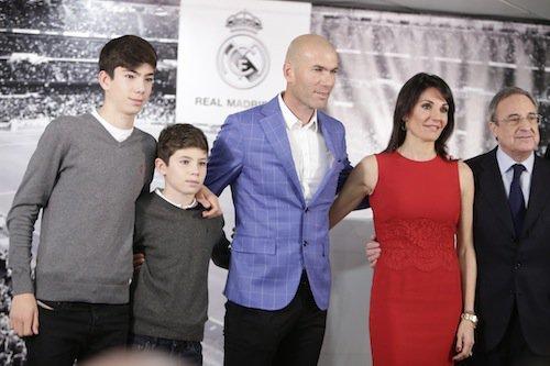 Photos : Zinedine Zidane entraineur du Real Madrid : un sacre en famille !