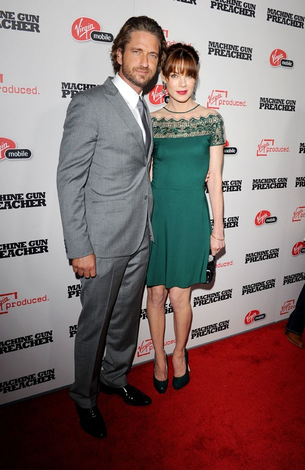 """Gerard Butler et Michelle Monaghan lors de la première du film """"Machine Gun Preacher"""" à Los Angeles, le 21 septembre 2011."""